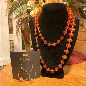 💥4/$10💥Cracker Barrel Orange Beaded Necklace Set